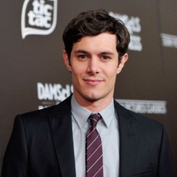 Adam Brody Net Worth|Wiki: Know his earnings, movies, tv shows, wife, daughter, career