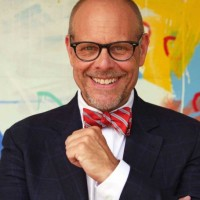 Alton Brown Net Worth: Know his earnings, food recipes, wife, cookbook, shows