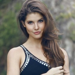 Amanda Cerny Net Worth: know her earnings,youtube channel,vines, boyfriend, career
