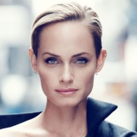 Amber Valletta Net Worth|Wiki: American model, her earnings, movies, tv Shows, height, age