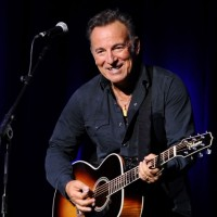 Bruce Springsteen Net Worth-How much did Bruce Springsteen earn from his music career?