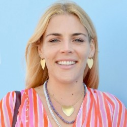 Busy Philipps Net Worth: Know her earnings,movies,tvshows, husband, parents, family