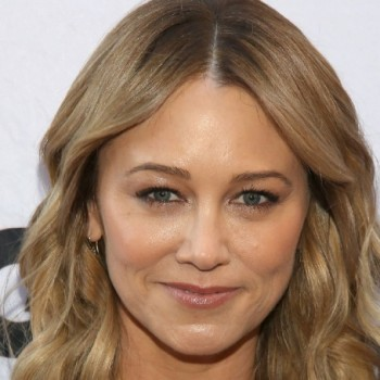 Christine Taylor Net Worth:Lets know the earnings,salary,movies, career, relationship & affairs