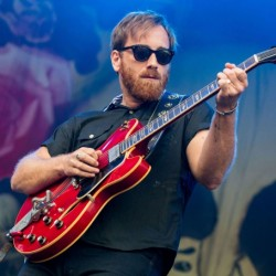 Dan Auerbach Net Worth|Wiki: A guitarist, his earnings, music career, songs, family
