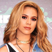 Dinah Jane Hansen Net Worth: Know her earnings,fifth harmony group,songs, albums, siblings