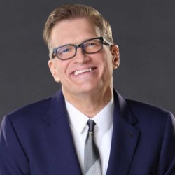 Drew Carey Net Worth: A Stand-Up Comedian, know his earnings, tv shows, movies, wife, marine career