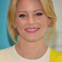 Elizabeth Banks Net Worth|Wiki: know her earnings, Movies, TV shows, Age, Husband, Kids