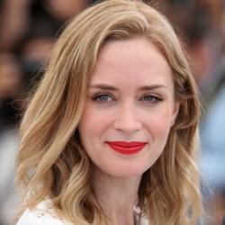 Emily Blunt Net Worth-Know her movies,husband John Krasinski ,age, height career