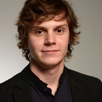 Evan Peters' net worth
