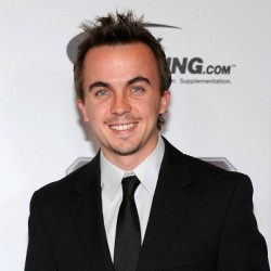 Frankie Muniz Net Worth|Wiki: know his earnings, Career, Awards, Racer, Movies, Age, Wife