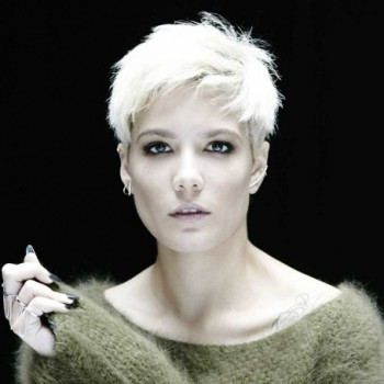 Halsey Net Worth: know her earnings,career,songs,albums,YouTube, website, parents, relationship