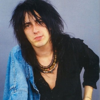 Izzy Stradlin Net Worth|Wiki: Guitarist from Guns N' Roses, earnings, songs, albums, wife, family