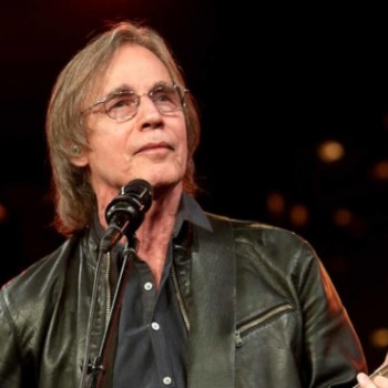 Jackson Browne Net Worth|Wiki: Know his earnings, Career, Songs, Albums, Awards, Age, Wife, Children