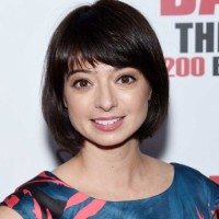 Kate Micucci Net Worth|Wiki: Know her earnings, movies, tvshows, husband, age, songs, albums
