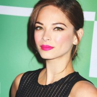 Kristin Kreuk Net Worth|Wiki: Know her earnings, movies, tv shows, Instagram, age, parents, affairs