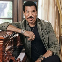 Lionel Richie Net Worth|Wiki: Know his earnings, songs, albums, wife,daughter, family,career
