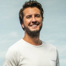 Luke Bryan Net Worth|Wiki: know his earnings, career, Songs, Achievements, Albums, Personal life.