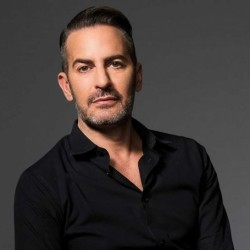 Marc Jacobs Net Worth: Know his earnings, bag,foundation,makeup,shoes, career, relationship