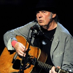 Neil Young Net Worth|Wiki: A musician, his earnings, songs, albums, awards, tour, family, wife