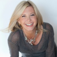 Olivia Newton-John Net Worth: Know her earnings,songs, albums,wiki, husband, children, age