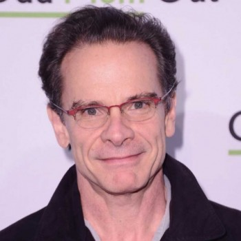 Peter Scolari Net Worth | Wiki: Know his earnings, movies, tv shows, wife, affair, marriage
