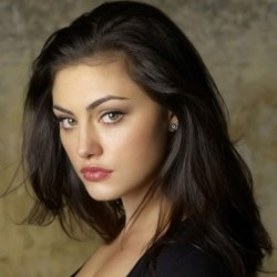 Phoebe Tonkin Net Worth|Wiki: Know her earnings, movies, tv Shows, career, relationship