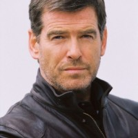 Pierce Brosnan Net Worth and Know his career, earning source, affairs, assets and more