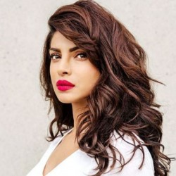 Priyanka Chopra Net Worth-Know the earnings from Bollywood to Hollywood,career,films,relationship