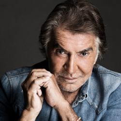 Roberto Cavalli Net Worth: Know his earnings,brands,perfumes, sunglasses, bags, dresses