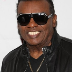Ronald Isley Net Worth|Wiki: Know his earnings, Career, Songs, Albums, Age, Family, Wife, Kids