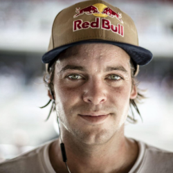 Ryan Sheckler Net Worth|Wiki: Skateboard player, his earnings, movies, tvShows, career, wife, family
