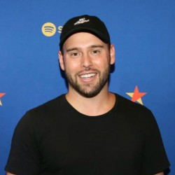 Scooter Braun Net Worth|Wiki: Entrepreneur, Investor, Know his earnings, TV shows, House, Wife, Kids