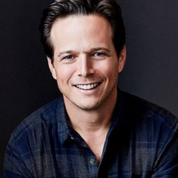 Scott Wolf Net Worth|Wiki|Career: Know his earnings, movies, tvShows, family, wife, age, height