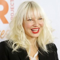 Sia Kate Net Worth-How did she earn $20 million dollars? Know about her income source& networth.