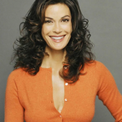 Teri Hatcher Net Worth|Wiki: know her earnings, Career, Movies, TV shows, Awards, Husband, Lifestyle