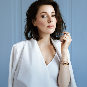 Tina Arena Net Worth|Wiki|Career: A singer, her earnings,songs, albums, awards, family, husband, age