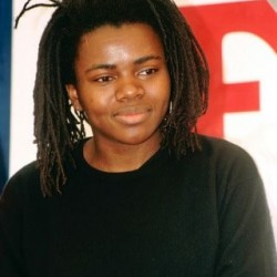 Tracy Chapman Net Worth|Wiki: Know her earnings, Career, Musics, Albums, Awards, Age, Personal Life