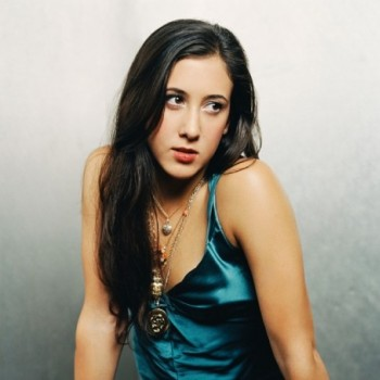 Vanessa Carlton Net Worth|Wiki: Know her earnings, Career, Songs, Albums, Awards, Husband, Children